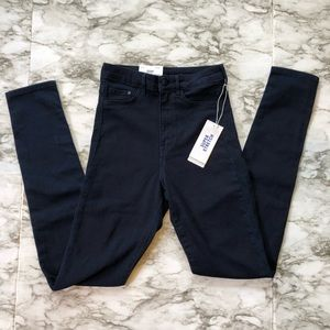 NWT H&M - High Waisted Navy Blue Jeggings - 26/32